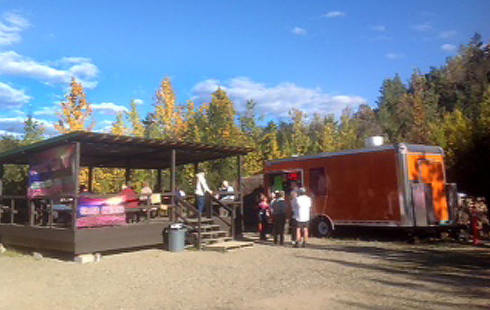 Food Truck Court at Denali Grizzly Bear Resort